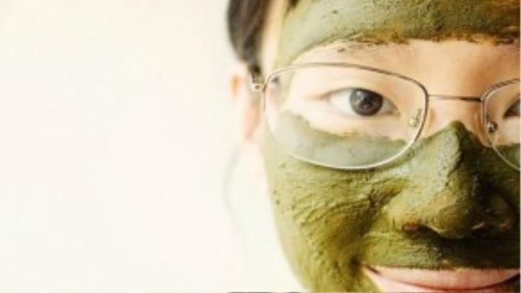 Thận trọng khi sử dụng các loại mặt nạ làm trắng…
