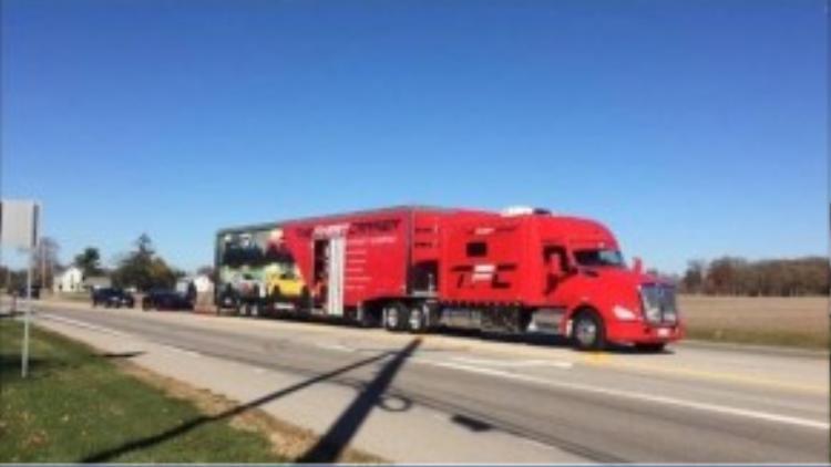 Hiện nay, nhiều thành viên đã bắt đầu gửi siêu xe của mình tới Houston để chuẩn bị cho hành trình.