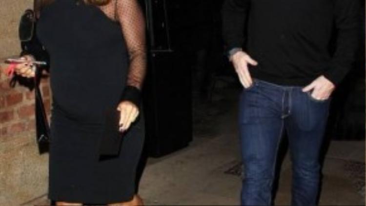 Dù đang mang bầu nhưng vợ Rooney di chuyển khá nhanh nhẹn.