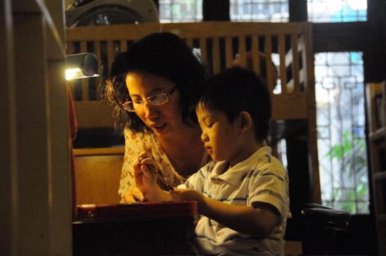 Tâm sự của một người mẹ đã khóc nức nở vì Lửa Thiện Nhân