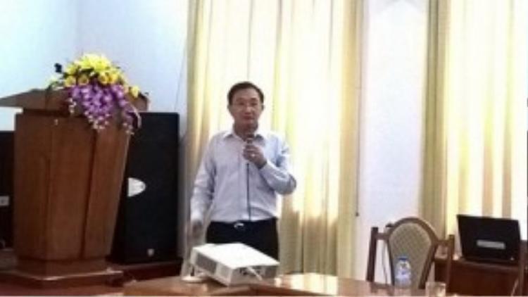 Ông Nguyễn Văn Đực, Phó Giám đốc công ty địa ốc Đất lành: phải cách ly người nghèo ra khỏi người giàu.