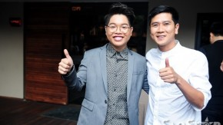 Nhạc sĩ Hồ Hoài Anh đến mừng Đức Phúc. Với vai trò giám đốc âm nhạc của chương trình, ông xã Lưu Hương Giang có nhiều sự chỉ dẫn cần thiết giúp học trò Mỹ Tâm tỏa sáng trên sân khấu.