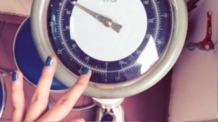 Cân nặng của Hằng Bingboong luôn duy trì ở ngưỡng 40 kg.