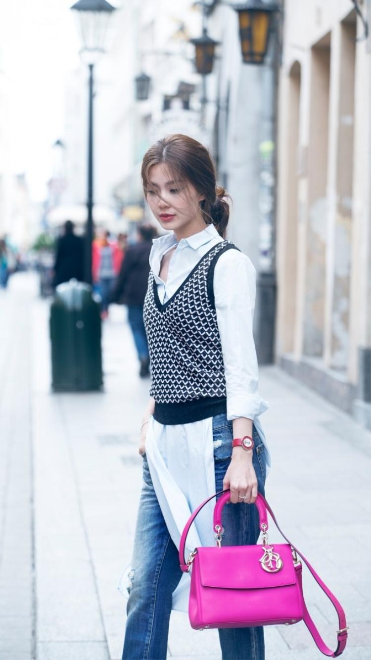 Á hậu Diễm Trang lạnh lùng xuống phố, tiết lộ theo chồng bỏ cuộc chơi