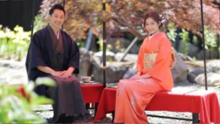 Trong chuyến đi, vợ chồng Trúc Diễm cũng thưởng thức trà đạo trong trang phục kimono truyền thống của Nhật Bản. Ban đầu cô nghĩ mặc kimono cũng đơn giản, nhưng khi mặc cô mới thấy quá phức tạp. Người đẹp mất gần hai tiếng để làm tóc và mặc trang phục vì có nhiều lớp áo. Trúc Diễm thấy ngưỡng mộ phụ nữ Nhật vì họ mặc trang phục này nhưng vẫn rất nhanh nhẹn trong sinh hoạt hàng ngày.