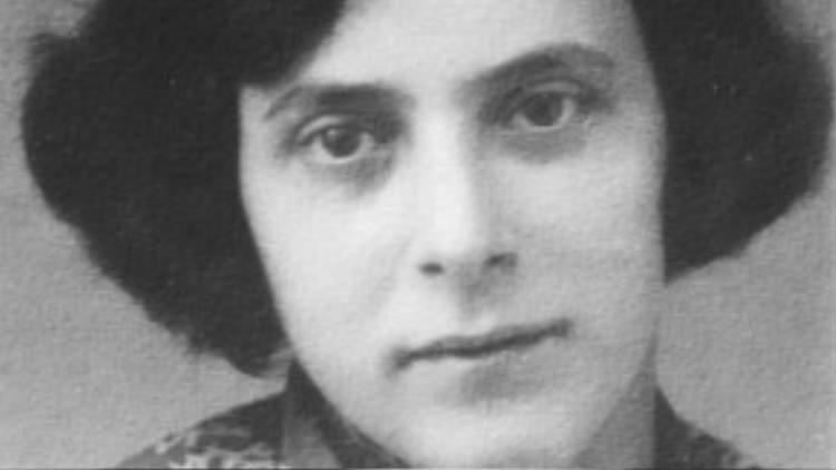 Bức ảnh được cho là của Irma Eckler, vợ August Landmesser. Ảnh: liberalamerica.org