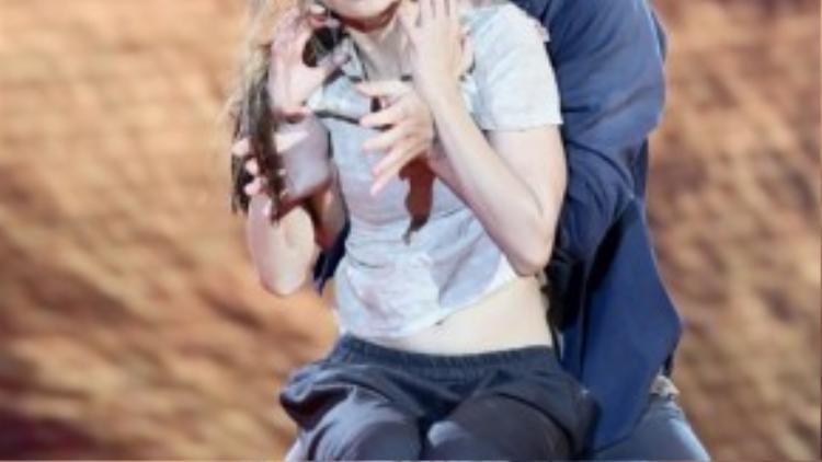 Vũ công Daniel Denev đã kết đôi cùng Ninh Dương Lan Ngọc trong Bước nhảy hoàn vũ 2014.