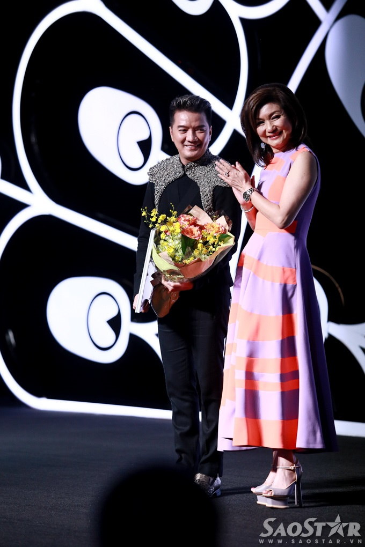 Đàm Vĩnh Hưng đăng quang Fashionista trong đêm LYNK show