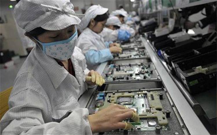 Tại sao điện thoại Trung Quốc cấu hình cao giá lại rẻ?