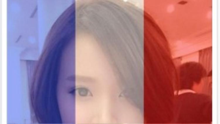 Midu thay avatar cùng dòng chữ cầu nguyện cho nước Pháp.