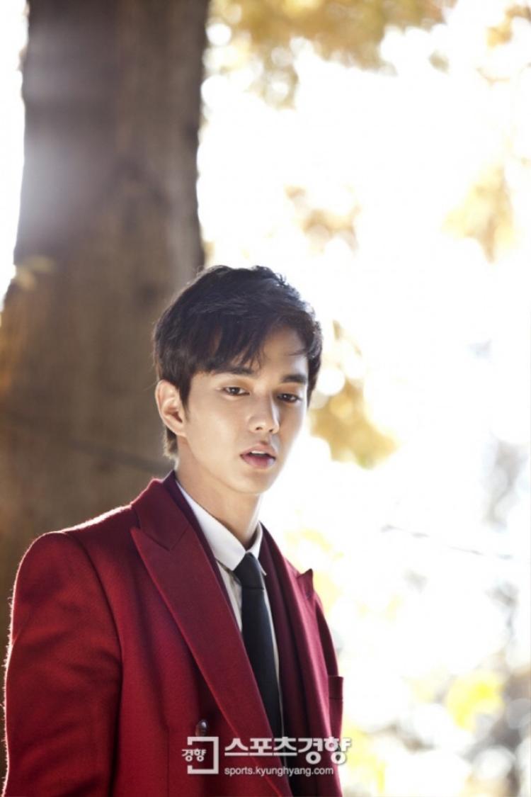 Lộ tạo hình luật sư thiên tài Yoo Seung Ho khiến fan nữ chao đảo