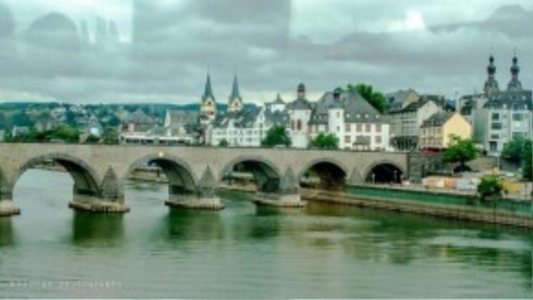 Dòng sông Rhine Route, nước Đức.