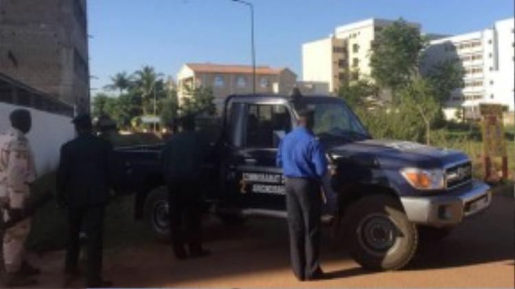 Lực lượng cảnh sát có mặt tại hiện trường.