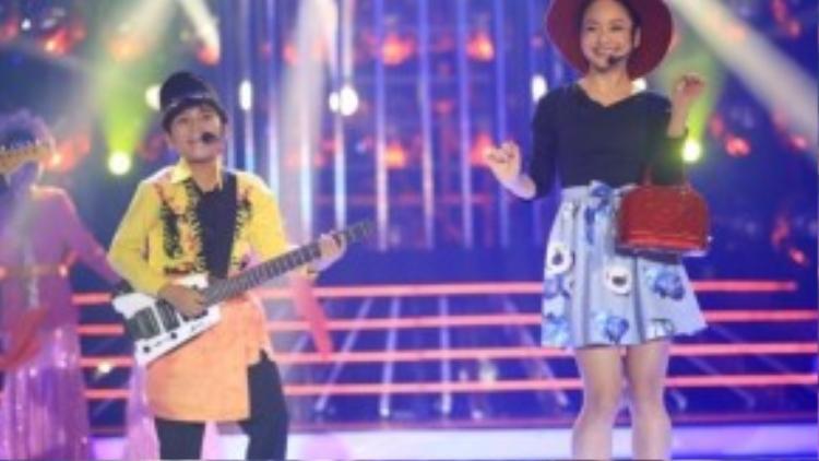 Phần thi thứ hai, Minh Khang - Lan Phương hóa thân thành Bill & Brod với ca khúc Bsingkong dan Keju.