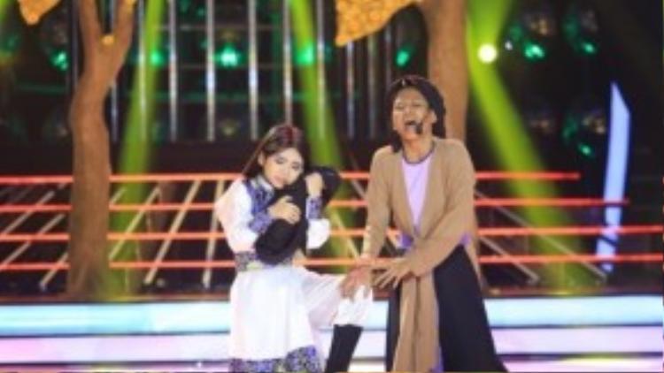 Kết quả,Trang thư đã diễn đạt được thần thái của diễn viên Trinh Trinh khá tốt. Huấn luyện viên Thúy Uyên cũng thay mặt học trò gửi lời cảm ơn đến nghệ sĩ Trinh Trinh đã dành thời gian để rèn và luyện tập cùng bé trong tiết mục này.