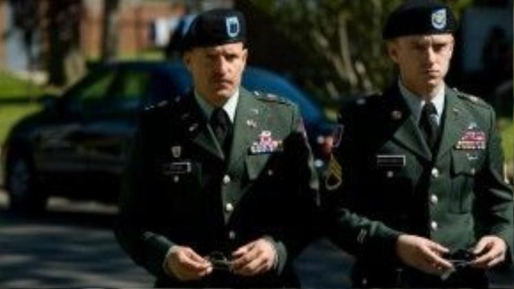 Woody Harrelson và Ben Foster đảm nhận hai vai chính trong The Messenger