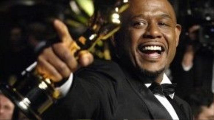 Trong hành trình thắng giải Oscar, Forest Whitaker phải vượt qua một đồng nghiệp da màu khác là Will Smith.