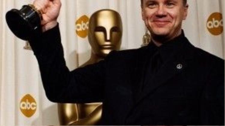 Dù ở cương vị một đạo diễn hay diễn viên, Tim Robbins cũng không thể khiến Viện Hàn lâm phớt lờ mình.