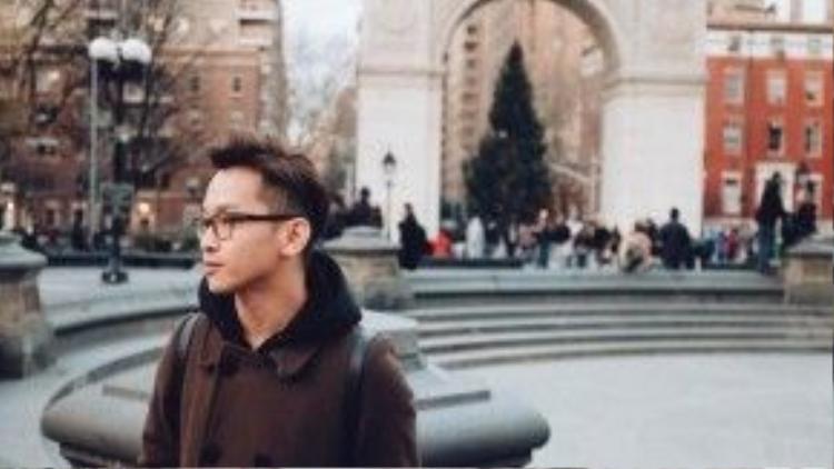 Để đưa ra quyết định đi học ở New York, Yun đã mất một thời gian đấu tranh tư tưởng. Bởi lựa chọn ra đi, anh phải gác lại hoặc thậm chí bỏ lỡ nhiềucơ hội tốt đang đến với mình.