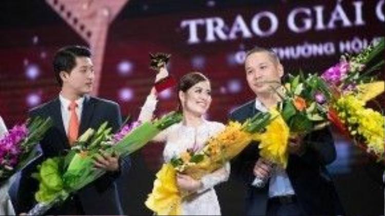 Phim Thần tượng do Hoàng Thùy Linh thủ vai nữ chính nhận 6 giải thưởng Cánh diều vàng.
