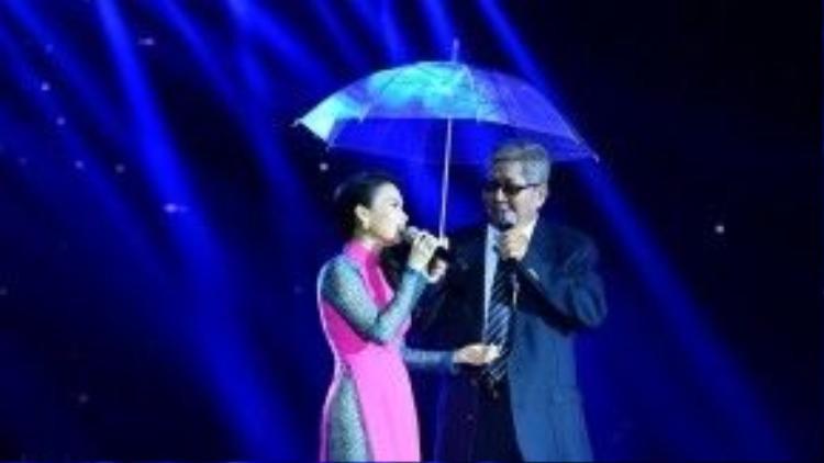Còn chị Tư sẽ có một màn sâu lắng cùng nhạc sĩ Hà Phương.