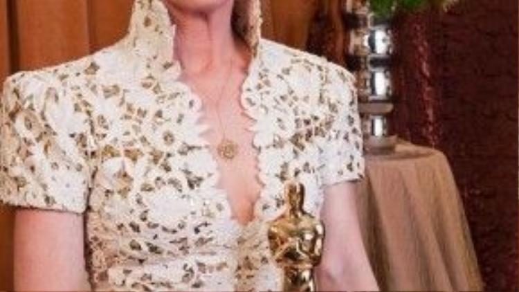 """Trong bộ phim hành động xoay quanh những người đàn ông như """"The Fighter"""", Melissa Leo vẫn biết cách để tỏa sáng với một giải Oscar danh giá."""