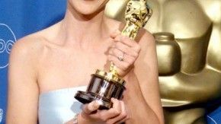 Trong suốt sự nghiệp, Helen Hunt đã nhận được hai đề cử giải Oscar, nữ minh tinh thắng một trong số đó.