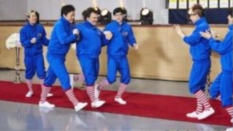 Nam diễn viên người Mỹ gọi Infinite Challenge là show số 1 ở Hàn Quốc.