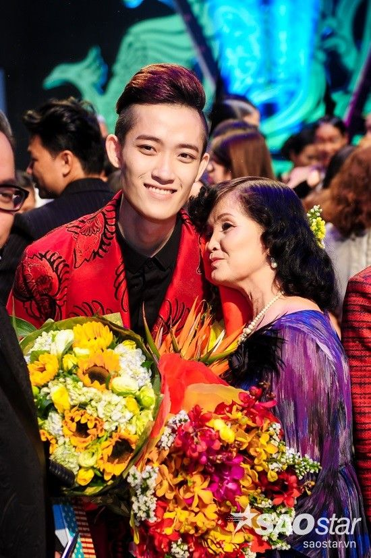 Chàng sinh viên Nguyễn Tiến Truyển đăng quang Project Runway Việt Nam mùa 3