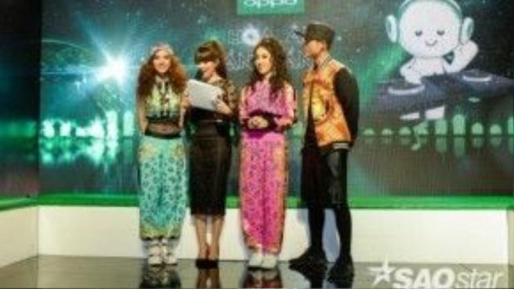 Emily và Hạnh Sino cùng MC của Livestream.