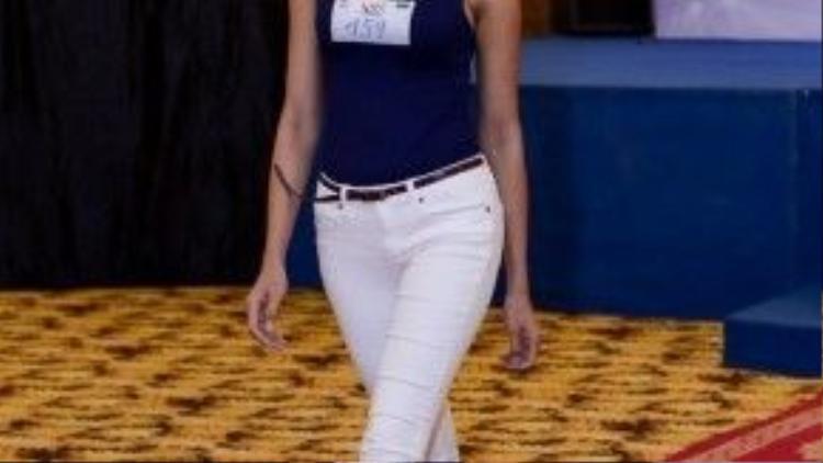 H'ăng Niê gây ấn tượng với giám khảo bởi thân hình chuẩn trong vòng casting Siêu mẫu Việt Nam 2015.