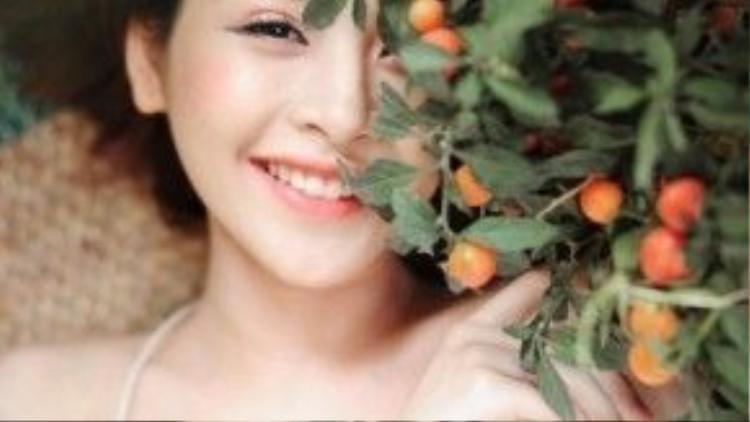 … hoặc theo tông cam ngọt ngào như Chi Pu.