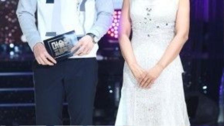 2 chủ xị chương trình: Insooni và Jinwoon.
