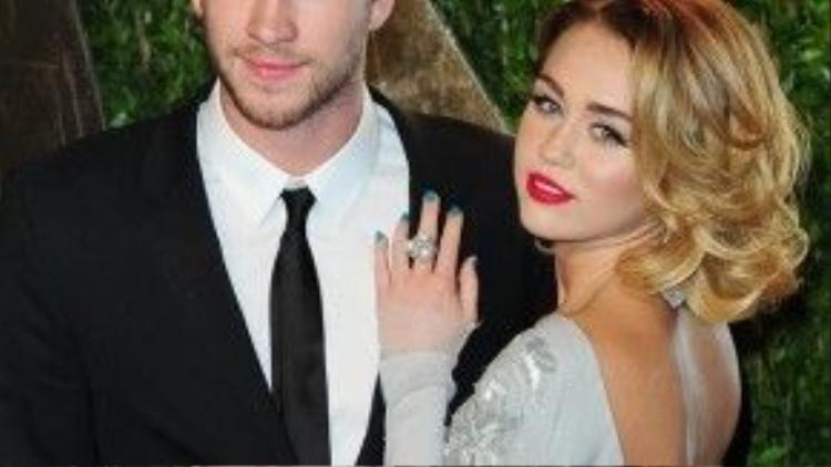 Chuyện tình đầy scandal của Miley và Liam Hemsworth