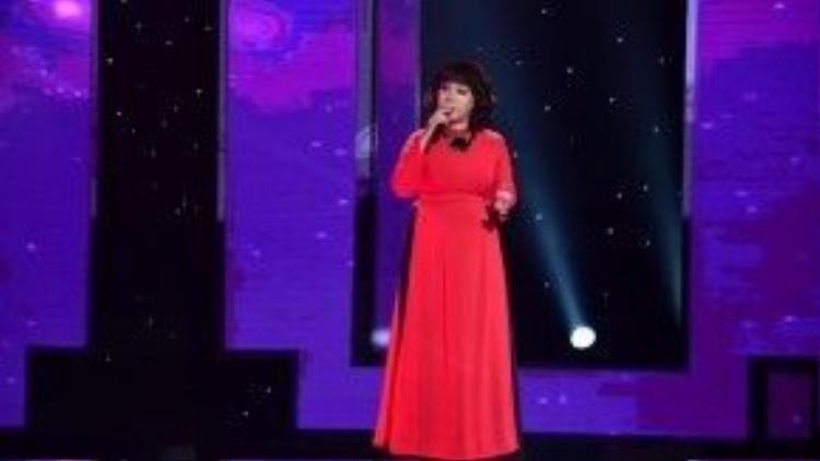 Chọn thể hiện ca khúc Ai đi ngoài sương gió của nhạc sĩ Nguyễn Hữu Thiết, Minh Thảo đã xuất sắc nhận được sự lựa chọn của HLV Quang Linh và Quang Dũng.