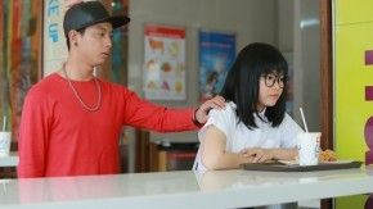 Thảo Nhi trong vai diễn đầu tay: Một cô gái hát hay nhưng có thân hình béo ú.
