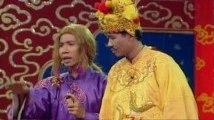 Tuy nhiên, cô Đẩu lại có sự lột xác trong tạo hình với mái tóc dài vàng hoe.