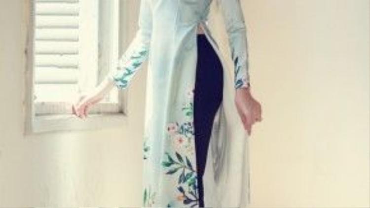 Những tà áo dài họa tiết hoa-lá-cành…