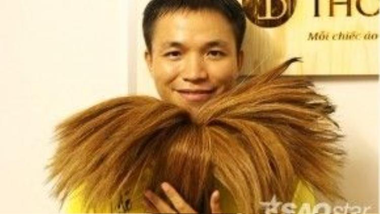 Anh Nguyễn Huy Toàn là một người trẻ năng động, đa tài. Anh hiện là một chuyên viên tư vấn giáo dục vừa là giám đốc điều hành của một công ty sản xuất áo thun.