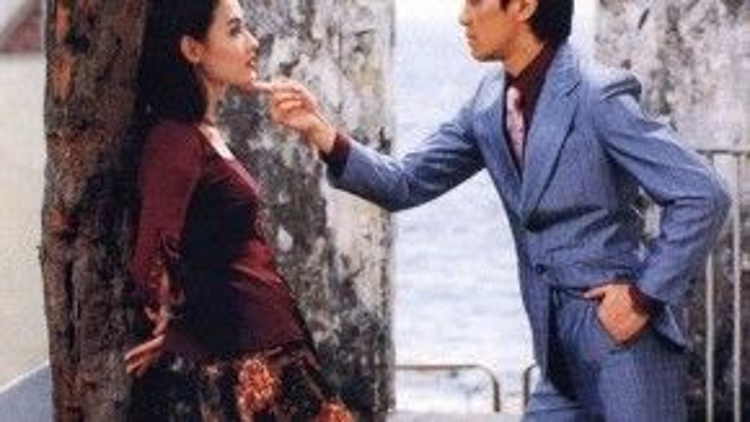 Một trong những bước đệm sự nghiệp của Trương Bá Chi chính là tác phẩm Vua hài kịch. Phim giúp nét đẹp của ngọc nữ tỏa sáng bên cạnh Châu Tinh Trì.