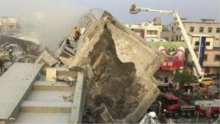 Trận động đất mạnh 6.4 độ Richter xảy ra vào khoảng 4 giờ sáng 6/2 tại Đài Loan với tâm chấn sâu 23 km ở khu vực cách thành phố Đài Nam, Tây Nam đảo Đài Loan, khoảng 43 km về phía Đông Nam.