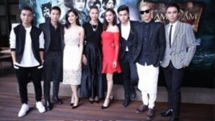 Ngô Thanh Vân và các diễn viên của Tấm Cám: Chuyện chưa kể trong buổi ra mắt phim.