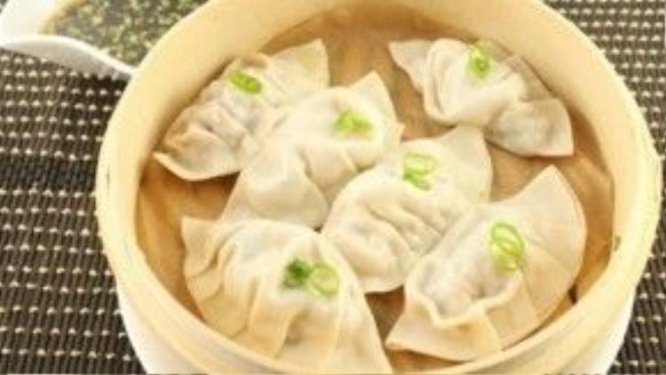 Sủi cảo là món ăn truyền thống của người Trung Quốc.