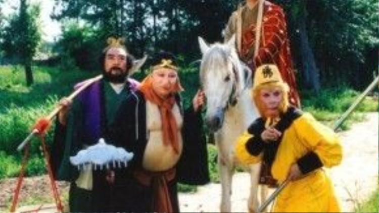 Tiểu thuyết Tây Du Ký đã được chuyển thể thành phim rất nhiều lần. Tuy nhiên, bản phim 1986 mới được coi là sống mãi với thời gian và ăn sâu vào ký ức của rất nhiều thế hệ khán giả.