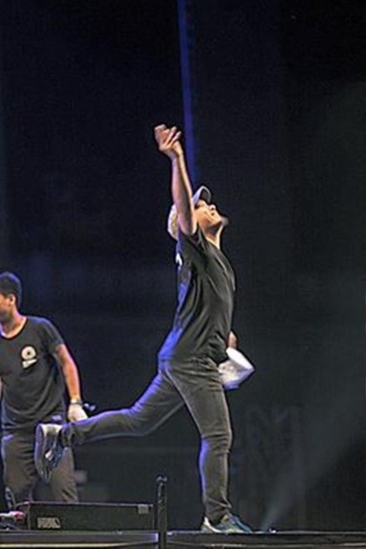Clip: Thích thú xem Quốc Trung mang nhạc dân gian lên bàn DJ