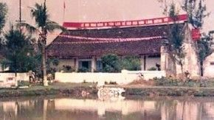 Đình làng Quỳnh Đôi.