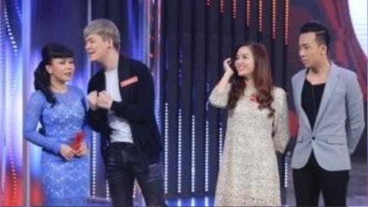 """Nathan Lee cho biết mình và Nguyễn Ngọc Anh đã thân nhau hơn 8 năm nhưng chỉ là """"tình chị em"""". Tuy nhiên, nữ ca sĩ gốc Hà thành cho biết quan hệ giữa cô và Nathan Lee giống tình mẫu tử hơn."""