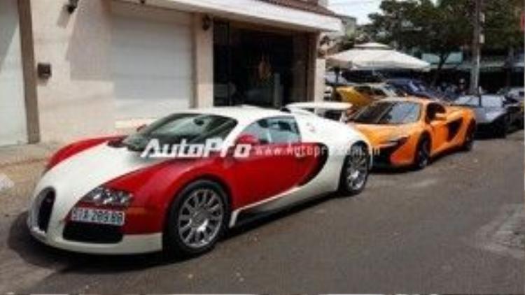 """Nổi bật nhất là sự xuất hiện của """"ông hoàng tốc độ"""" Bugatti Veyron sau gần 3 năm được vị đại gia này giấu kín dưới căn hầm có tổng trị giá ước tính gần 5 triệu USD, tương đương 112 tỷ đồng."""