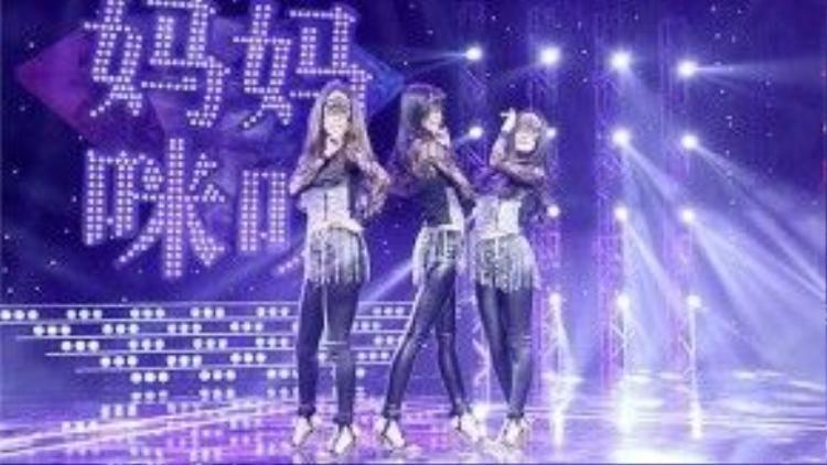 Qin Ling cùng 2 con gái tham gia chương trình truyền hình thực tế.