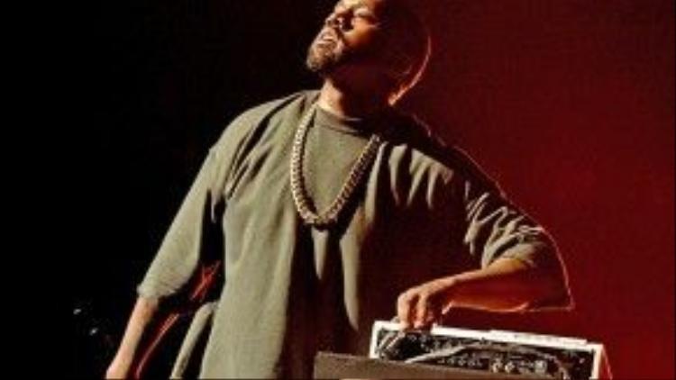 Rapper tài năng tung ra đĩa nhạc mới sau nhiều lần đổi tên, trì hoãn ngày phát hành.